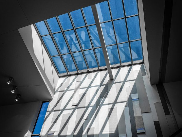 Egyedi tetőablak